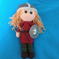 Viking met broche-schild + copyright.jpg